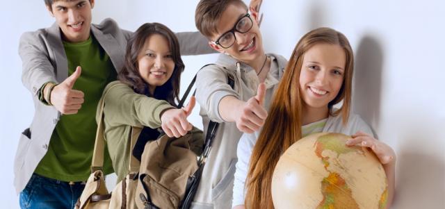 Kursy językowe za granicą – czy warto?
