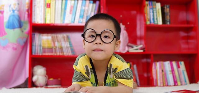 Nauka przez zabawę, czyli jak zachęcić dziecko do poszerzania swojej wiedzy?